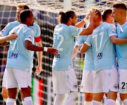 Football Briefs: Van Persie goal helps Feyenoord to Dutch Cup triumph