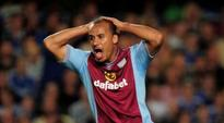 Aston Villa's Agbonlahor asks to relinquish captaincy