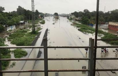 Several Bihar districts flooded, NDRF teams rushed to spot