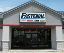 Why Cummins, Piper Jaffray, and Fastenal Jumped Today