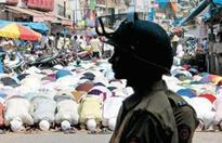 Won't give triple talaq, clerics make men vow