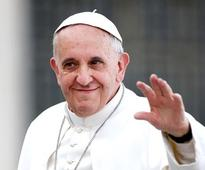 Pope: Christians, Church should apologise to gays