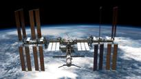 Glitch shortens 200th spacewalk at the International Space Station