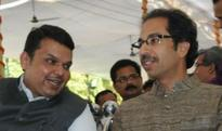 Devendra Fadnavis talks to Uddhav Thackeray; Shiv Sena continues rant against BJP