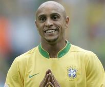Brazil great Roberto Carlos eyes Australia