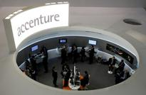 CORRECTED-UPDATE 1-Accenture revenue rises on demand for consulting services