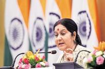 Sushma Swaraj, Ranil Wickremesinghe hold talks on investment, SEZ