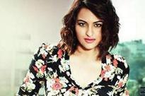Sonakshi Sinha to play Karachi-based journalist in 'Noor'