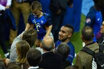 Dimitri Payet serenaded by world chess champion after firing France to Euro 2016 victory over Romania