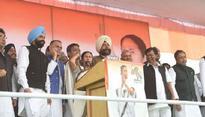 Mamata tears into Modi at UP rally, asks masses to fight notebandi with votebandi