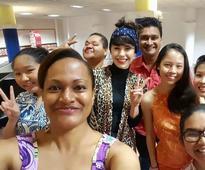 Kimbra's singing surprise on Fiji layover