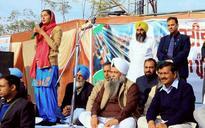 Kejriwal takes on both Punjab CM Badal and Captain Amarinder Singh in Lambi rally