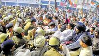 Congress protest : Chhabra, 10 others hurt as cops use water cannons