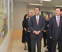 Zhang visits Development Bureau