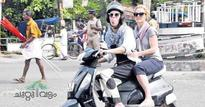 Foreign tourists enjoy fun ride on hartal day