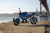 BMW G310R Riding Along With KTM Duke 390 & Yamaha MT-03 [Video]