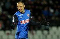 Dimitar Berbatov discusses possible move to Newcastle