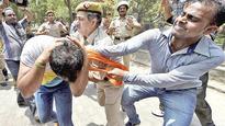 BJP, CPM cadre resort to fisticuffs in Delhi, 600 held