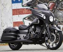 Indian Motorcycle Looks to Steal More Harley Buyers With Chieftain Dark Horse