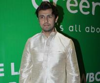 Sonu Nigam is Taking a Break For a 'Fitter Future'