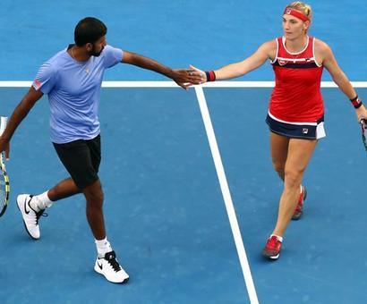 Aus Open: Bopanna-Babos in mixed doubles quarters