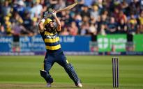 Rudolph and Donald keep Glamorgan rolling