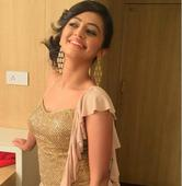 Jhalak Dikhhla Jaa 9: Helly Shah ends up crying on the show!