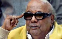Tamil Nadu Assembly election: Karunanidhi targets Jayalalithaa 'self publicity'