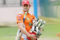 Parvinder Awana gives RCB first blow