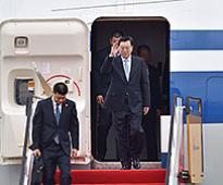 Zhang Dejiang arrives in HK