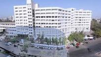 Mumbai: Parents write to state Education Minister over concerns about Mithibai College's sports facilities
