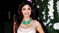 Shilpa Shetty to whip up a cooking storm online