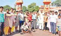 Kshipra cleanliness drive begins from Ramghat