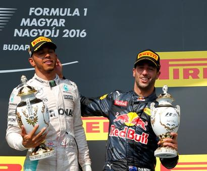 Hungarian Grand Prix: Lewis Hamilton wins to take overall lead