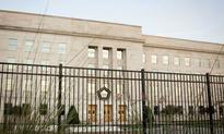 Newspaper's Expose on Pentagon Waste Draws Mixed Reviews