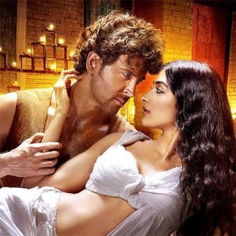 Box Office: Rustom is a hit, Mohenjo Daro bombs