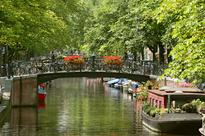 Locals asked to name 1,334 of Amsterdam's bridges