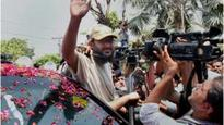 Pakistan ex-PM's hostage son comes home