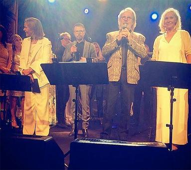 ABBA reunites, performs for the first time in 30 years