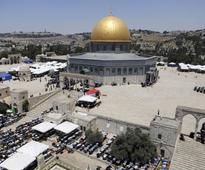 Esteemed Israeli archeologist censured at Temple Mount