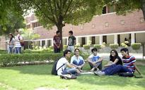 Just DU it: Excited, confused students tackle day 1