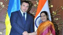 Sushma Swaraj welcomes Ukrainian Foreign Minister Pavlo Klimkin for bilateral talks