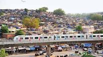 Metro-4 gets thumbs-up from Devendra Fadnavis