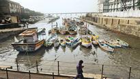 Ockhi prompts safety steps at Chaityabhoomi in Dadar