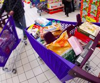France is the first country to force supermarkets to donate unsold food to charities and foodbanks