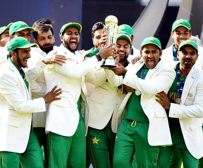 PHOTOS: Pakistan maul India to lift Champions Trophy title