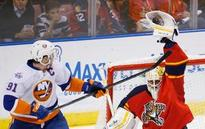 Luongo bounces back, Panthers top Isles 3-1 to even series