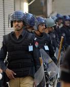 Bomb kills 18 at Pakistan market