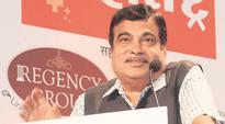 Negative mindset of bureaucrats biggest hurdle in growth: Nitin Gadkari