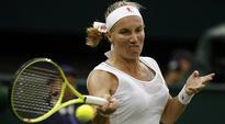 Wimbledon 2016: Svetlana Kuznetsova dumps out sinking Caroline Wozniacki